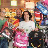 Bludenzer Unternehmen sammeln gebrauchte Schultaschen
