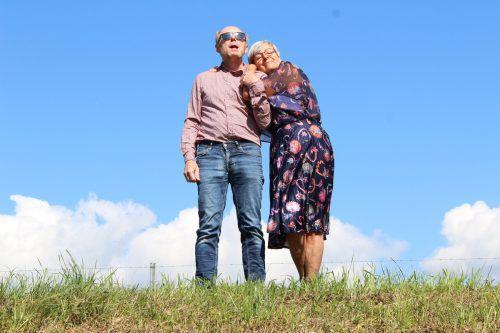 Noch sind Dr. Roth und seine neue Liebe Herta ein Herz und eine Seele, doch das wird sich im Laufe der Bahnfahrt ändern.Verein Kultur z`Kobla