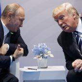 Trump vor Treffen mit Putin unter Druck