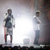 Gorillaz-Sänger fiel beim Roskilde-Festival von Bühne