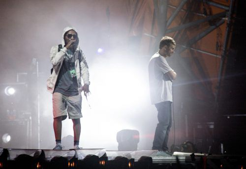 Rapper Del the Funky Homosapien (l.) musste nach seinem Sturz ins Krankenhaus gebracht werden. ap