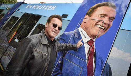 Schwarzeneggers Autogramm erzielte 2400 Euro. Wiener Linien/Zinner
