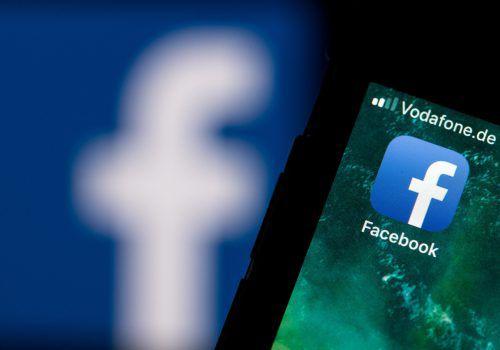 Urteil: Facebook muss Erben Zugang zu gesperrtem Nutzerkontogewähren. DPA