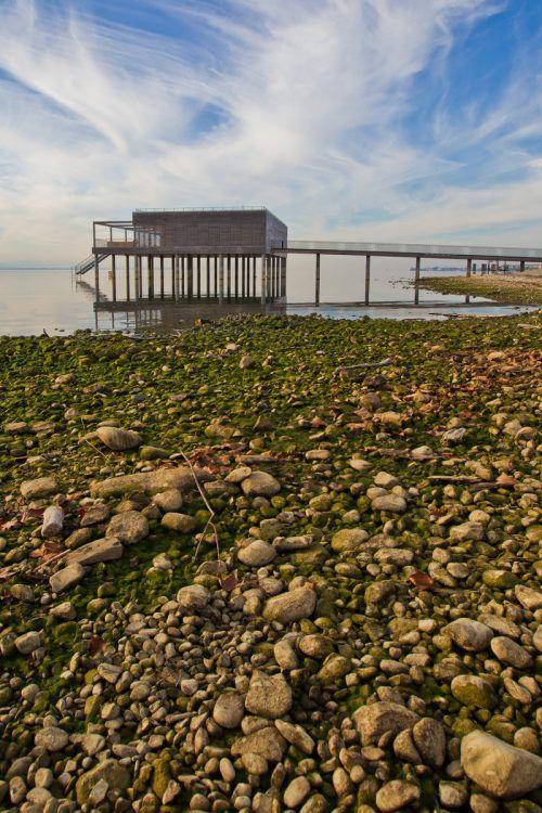 Auch der Wasserstand des Sees geht zurück. VN/Steurer