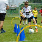 SCR Altach lädt Kinder zum Training mit Profis ein