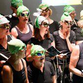 Auf zum Dirty Singing mit den Aliens