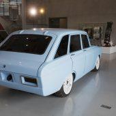 Autonews der WocheKalaschnikow zeigt E-Auto im Retro-Look / Mazda hat den CX-5 weiter verbessert / Mercedes-Benz mit Studie eines elektrischen Supersportlers