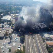 Gewaltige Explosion eines Tanklasters erschüttert  Bologna