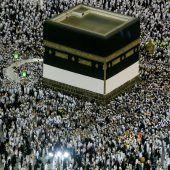 Muslime beginnen Pilgerfahrt in Mekka