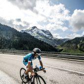Bianca Steurer triumphiert beim Trans Vorarlberg Triathlon in Rekordzeit. C3