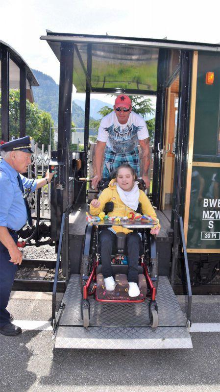 Für Rollstuhlfahrer war ein barrierefreier Einstieg möglich.