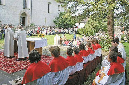 Im Burghof wird kommenden Donnerstag die Festmesse zu Ehren des Hl. Gebhard gehalten.Stadtpfarre Bregenz