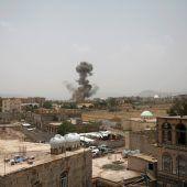 Dutzende Todesopfer bei Luftangriff auf einen Schulbus im Jemen