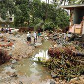 Dutzende Tote bei Überschwemmungen