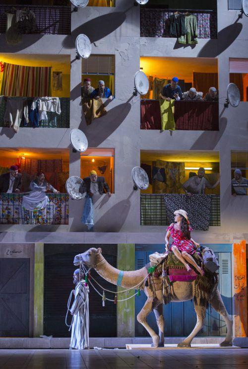 """""""L'Italiana in Algeri"""" ist bis 19. August in Salzburg zu sehen. SF/Rittershaus"""