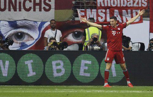 Matchwinner und Aufreger zugleich: Bayern-Stürmer Robert Lewandowski setzte dem Supercupspiel gegen Hütters Frankfurt den Stempel auf.ap