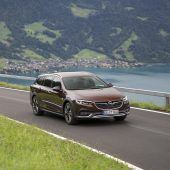 Autonews der WocheNeuer Motor für den Opel Insignia / Erste Informationen zum neuen Mercedes GLE / Kleines Facelift für den Honda HR-V