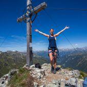 Gipfelkreuz posten und Rundflug gewinnen
