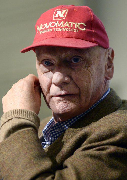 Niki Lauda liegt nach einer Lungentransplantation im AKH Wien. APA