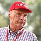 Niki Lauda wieder im Krankenhaus