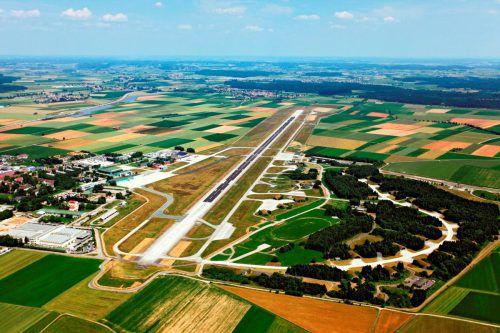 Rund 18 Millionen Euro sind für den Ausbau des Allgäu-Airports budgetiert.Fa/Bertram