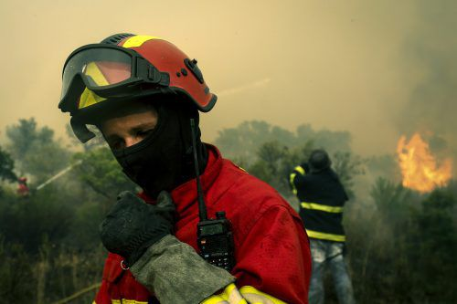 Seit Beginn des Waldbrandes gingen rund 27.000 Hektar Wald in Flammen auf. AFP