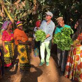 LR Rauch besichtigt Projekte in Tansania