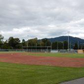 Sportplatz zu besichtigen