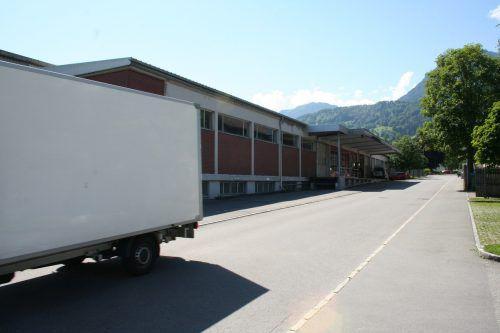 Zu einem Kompromiss haben die Verhandlungen um einen Lagerbetrieb der FirmaZumtobel in der Frastanzer Schmittengasse geführt. Gemeinde