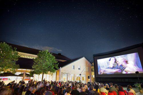 Zwischen dem 7. und 11. August findet das 33. Alpinale-Kurzfilmfestival in Nenzing statt. Der Ramschwagplatz wird einmal mehr zum Zentrum der Kurzfilmszene.alpinale.at