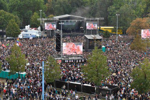 50.000 Menschen kamen zum Konzert mit berühmten Bands nach Chemnitz.afp