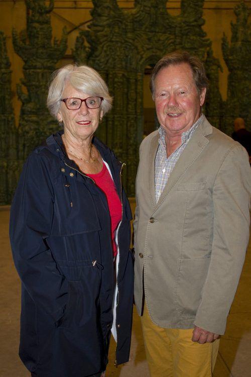 Auch Ute und Hans Halbgebauer ließen sich von der Ausstellung begeistern.