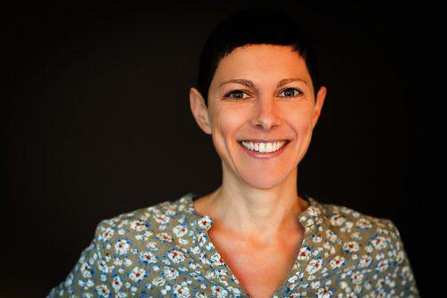 """Autorin Christiane Mähr liest morgen aus ihren Buch """"Bussi, baba"""". Caritas"""