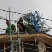 Firstbaum für Wohnbauprojekt