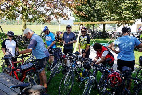 Bei herrlichem Radwetter durfte der Seniorenbund über 360 Radfreunde aus dem ganzen Ländle zur 18. Radsternfahrt in Koblach begrüßen.VLBG. seniroenbund