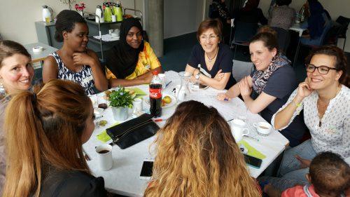 Beim Erzählcafé werden sich Frauen ihre Geburtserlebnisse erzählen. IG Geburtskultur