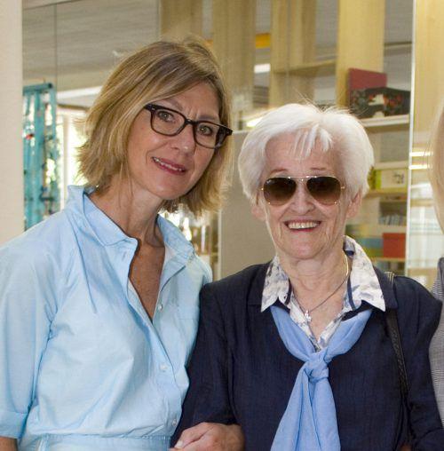 Cäcilia Rhomberg und Dichterin Martha Küng.