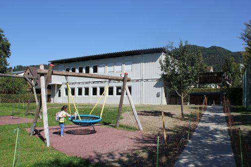 Das Gebäude verfügt über Sanitäranlagen und einen zusätzlichen Abstellraum.vn/jlo