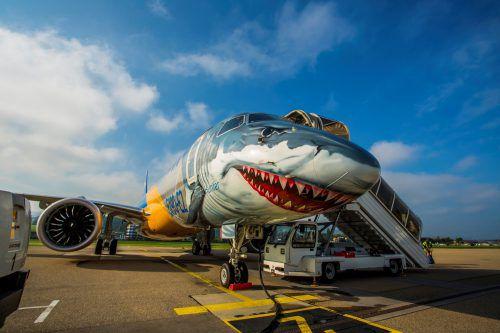 Der Besuch des Hais in Altenrhein war für People's die Chance, den neuen Embraer E190-E2 genauer zu prüfen.VN/Paulitsch