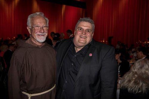 Der Besuch von Pater Benz war für George Nussbaumer eine große Überraschung.