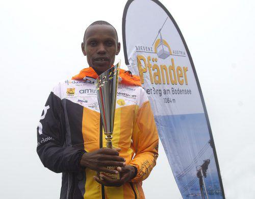 Der Kenianer Timothy Kimutai war am schnellsten auf dem Pfänder. Obexer