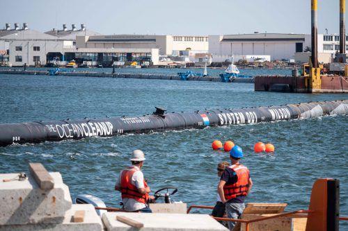 Das Projekt will das Meer vom treibenden Plastikmüll befreien. Ocean Cleanup