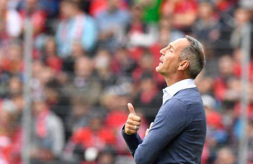 Die Reise durch Europa beginnt: Adi Hütter und sein Team machen sich heute nach Marseille auf. Die weiteren Gegner sind Lazio Rom und Apollon Limassol.Dieter Alge/8, afp