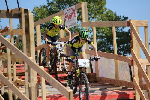 Die Teilnehmer des MTB Hohenems erreichten beim spektakulären 6. Harder Mountainbike Night Race tolle Platzierungen.g. Lisch