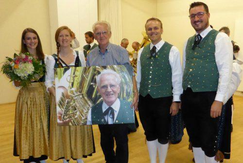 Ein musikalischer Blumenstrauß für OV Edmund Jenny zum 80er!HM