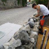 Natursteinmauern bei Basilika saniert