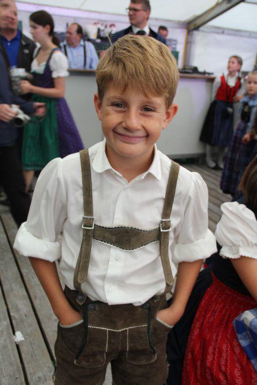 Felix ist einer der jungen Schuhplattler aus Nüziders.