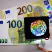 Schöner Schein. Die Europäische Zentralbank präsentiert neue Euro-Banknoten. D1