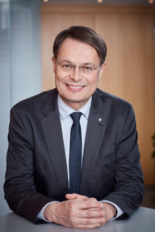 Spar-Chef Gerhard Drexel sieht in der Vermittlung von Information für eine gesunde Ernährung auch eine Verpflichtung. helge kirchberger