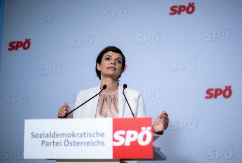 Fragen nicht erlaubt: Designierte SPÖ-Chefin Rendi-Wagner bei Pressekonferenz. APA